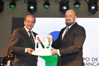 Presidente recebe Troféu Personalidade Baiana